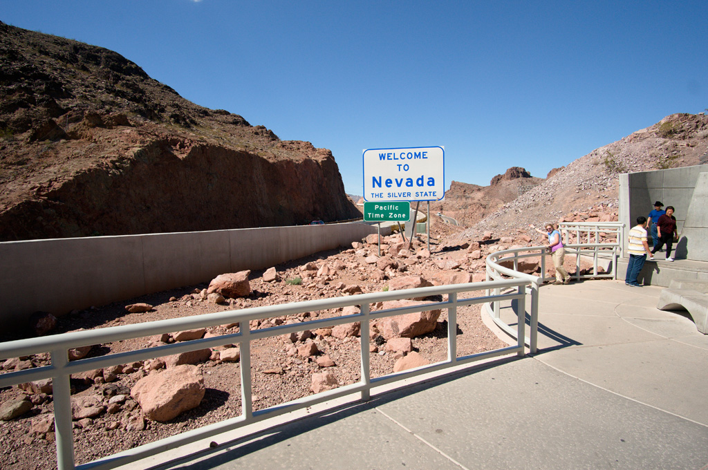 Welcome to Nevada Sign at the Hoover Dam Bridge
