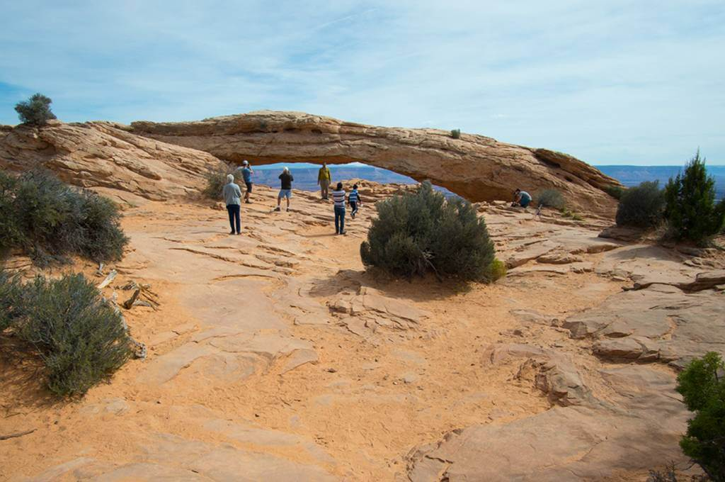 Mesa Arch with people