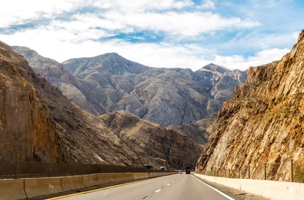 Interstate 15 through Arizona