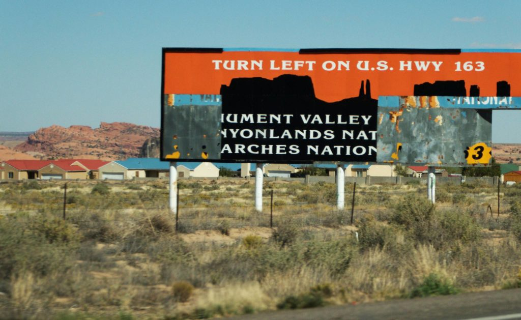 Monument valley sign in Kayenta